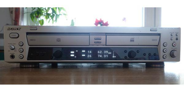 SONY RCD-W100 CD-Recorder Silber