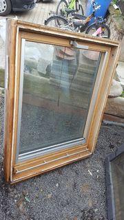 Velux Dachfenster mit Rollo Schwingfenster