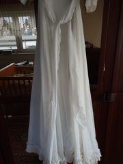 Hochzeitskleid ggf mit Reifrock