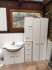 Badezimmermöbel ausgebaut