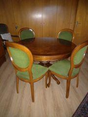 Tischgruppe Nussbaum