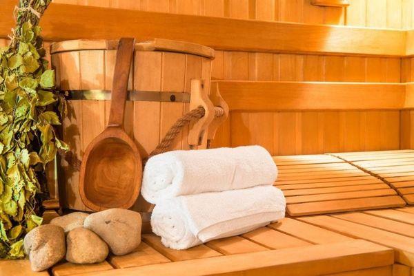 Suche Nette Weibliche Saunabegleitung