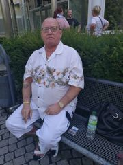 Er sucht ihn in Erfurt