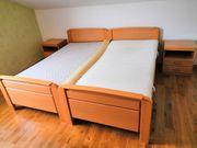 Doppelschlafzimmer mit 2 Nachttischen und