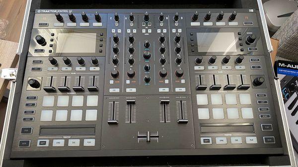 Native Instruments DJ Controller Traktor