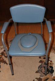 hellblauer Toilettenstuhl Intercare 440 Omega