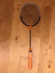 Badmintonschläger mit ca 30 Bällen