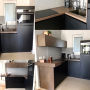 Moderne neuwertige Küche