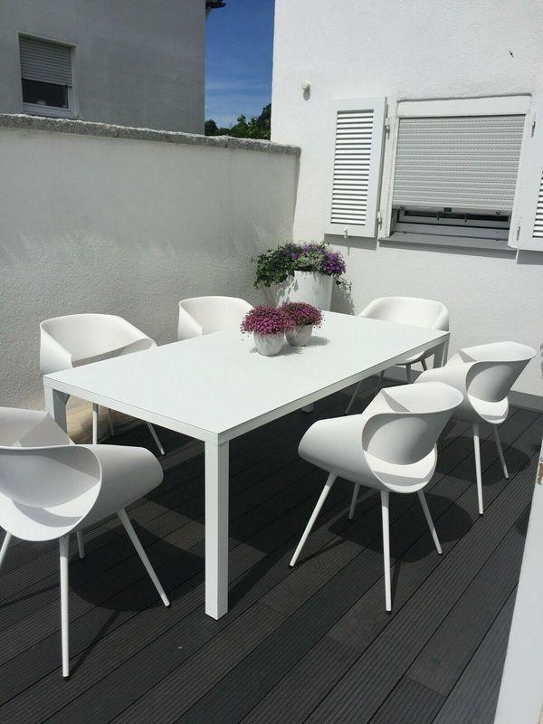 Gartenmöbel 1 Tisch und 6