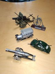 altes Blechspielzeug Metallfahrzeuge