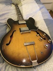Gibson ES 335 TD von