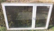 4 Doppelglasfenster mit Rahmen zu