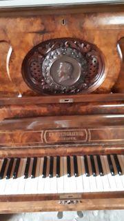 Steingräber Klavier