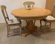 Runder Esstisch mit 4 Stühlen