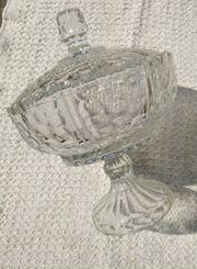 Schale mit Deckel aus Glas