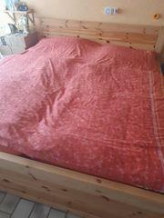 Bett 180 x200