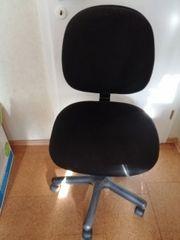 unterschiedliche Stühle