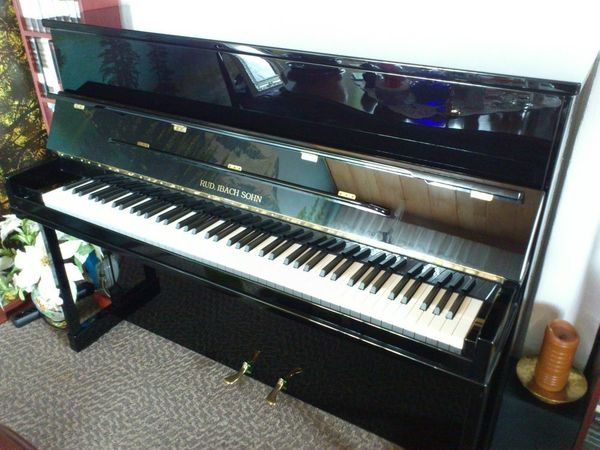 Klavier IBACH B-114 Classic