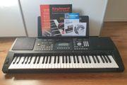 Keyboard mit Zubehör