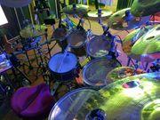 Hardrock-Coverband sucht Drummer