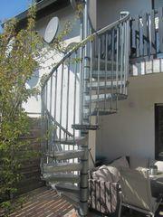 Wendeltreppe für den Außenbereich zu