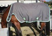 Pferdedecke Outdoor Bewegungs- und Führanlagendecke