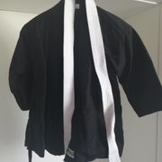 Kampfsport Anzüge