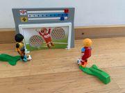 Playmobil Fußballer mit Tor