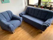 Couch und Stuhl zu verschenken