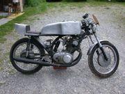 Oldtimer Rennmotorrad Honda CB 72
