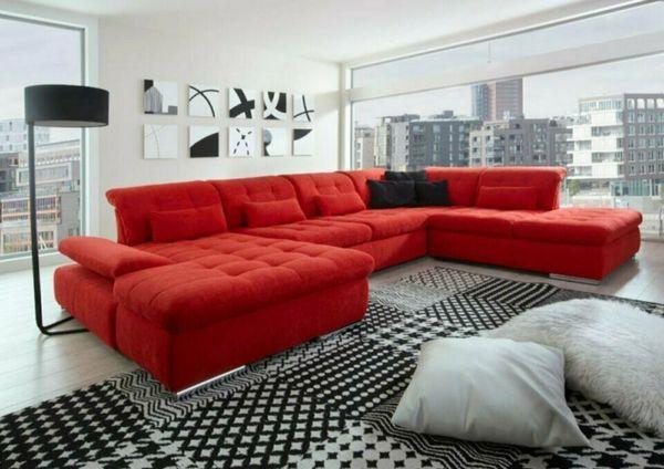 Neuwertiges rotes Sofa