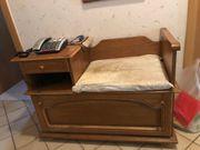 Telefonschränkchen mit Sitzfläche und Stauraum
