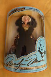 Barbiepuppe als Marilyn Monroe schwarz