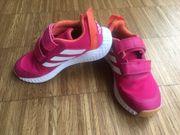 Adidas Sportschuhe 33