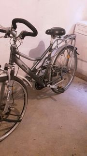 Fahrrad Trekking voll gefedert