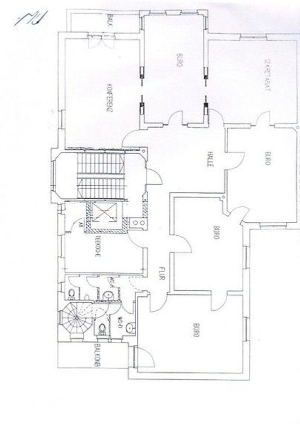 217 m² Büro- oder Praxisfläche