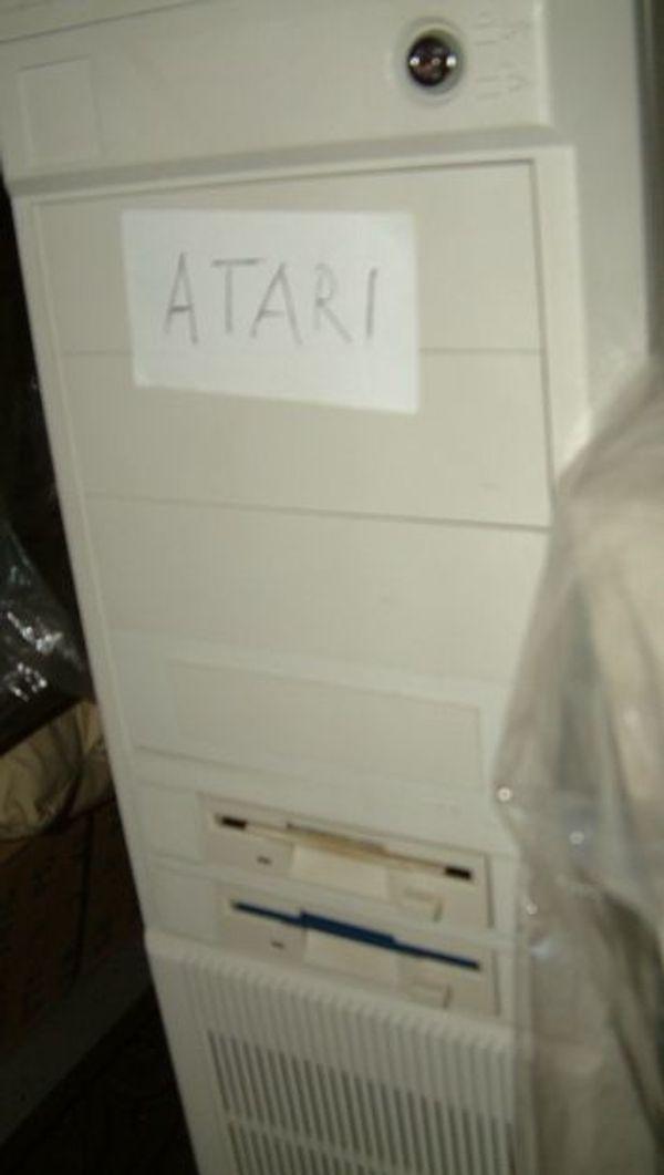 ATARI MEGA ST 2000 in