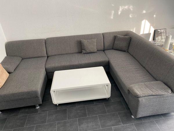 Wohnzimmer Sofa mit Couch Tisch