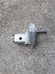 zapfwellengetriebe mit hydraulikpumpe