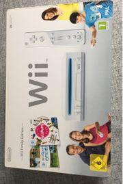 Wii Konsole mit 2 spielen