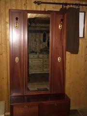 Hochwertige Garderobe Paneele Echtholz Mahagoni
