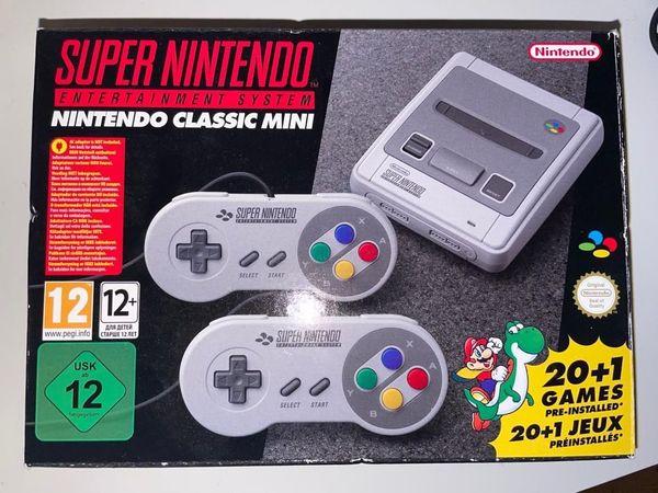 Super Nintendo Classic Mini in