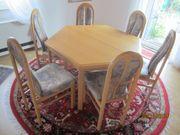 Esszimmertidch ausziehbar plus 6 Stühle