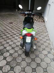 Motorroller Marke Luxxon