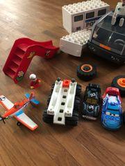 Playmobil und Lego Topagents Kran