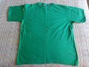 Shirt T-Shirt Gr 152 grün