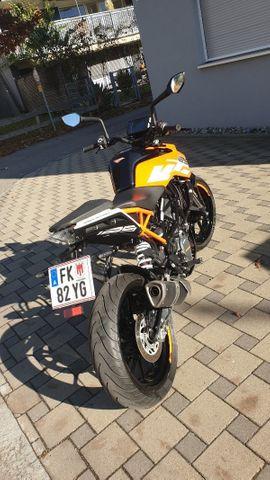 KTM - KTM Duke 125
