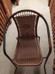 13 Stühle für Garten und