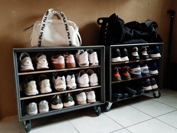 Schuhregal im industrial Design
