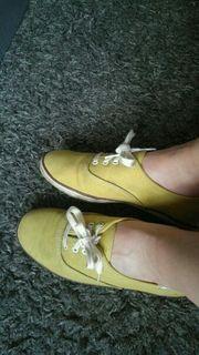 Alte Sneaker Keds